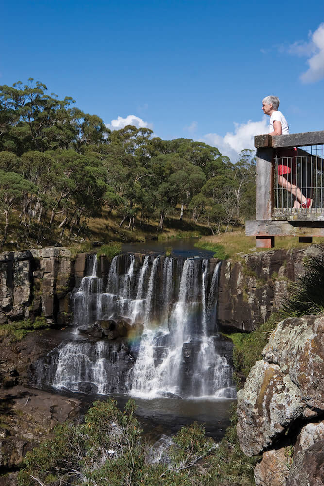 DANGAR FALLS LOOKOUT MOUNTAIN RETREAT